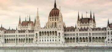 Ungaria – oferte burse 2021/2022